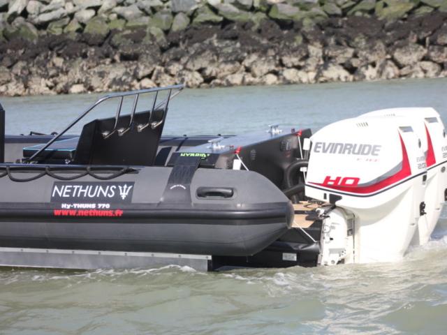 Moteur Evinrude : bateaux Nethuns gamme Net Master 770